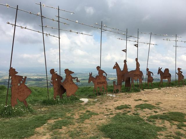Alto del Perdón - Wikipedia Commons