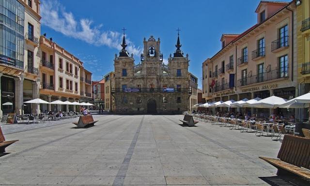 Astorga ©Panoramio FPG24E