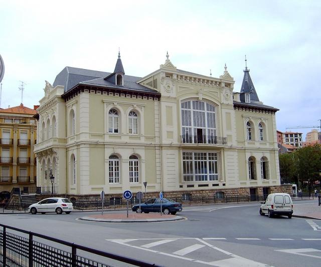 Casino de Bermeo - Wikimedia Commons/Zarateman