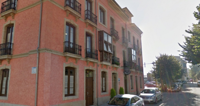 Casona de Lazurtegui, Ribadeo ©Street View