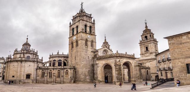 Catedral de Lugo /wikipedia commons