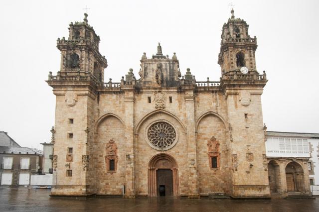 Catedral de Mondoñedo - percds/iStock