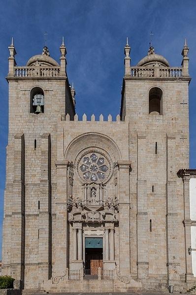 Catedral Oporto - Poco a poco/Wikipedia
