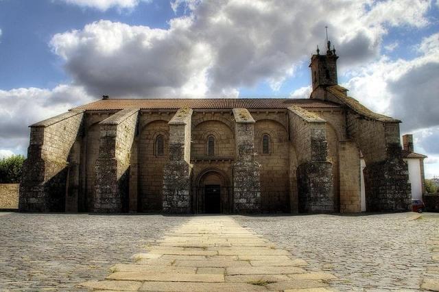 Colegiata de Santa María del Sar/Wikimedia