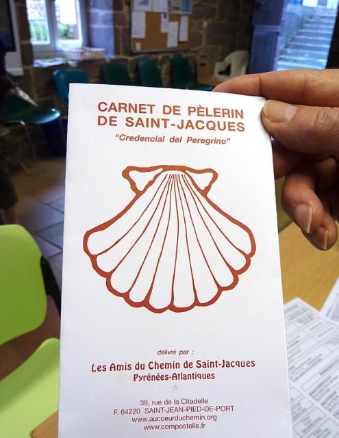Credencial francesa que los peregrinos pueden adquirir en Saint Jean Pied de Port.