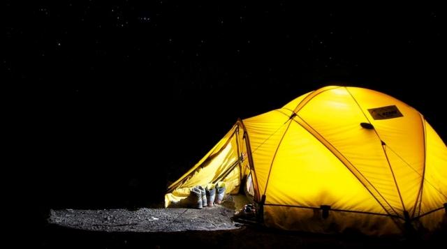 Dormir en tienda de campaña en el Camino de Santiago