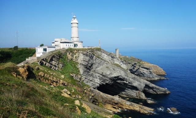 Faro de Cabo Mayor - Olga Kuznetsova en Pixabay