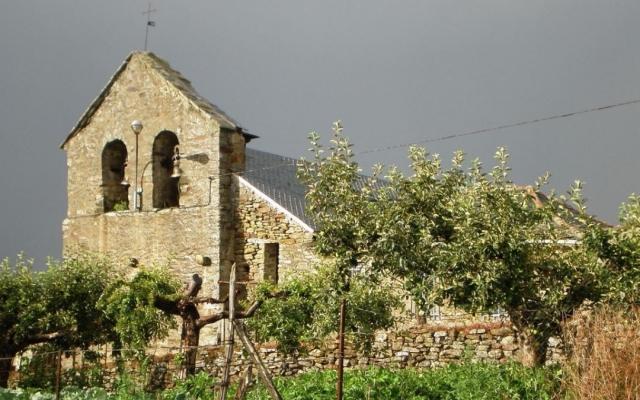 Granja de San Vicente en Torre del Bierzo - Wikipedia/JT Curses