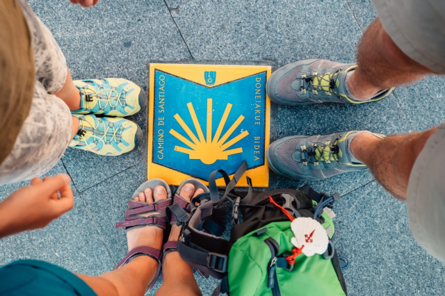 Hacer el Camino de Santiago en familia - iStock/train_arrival