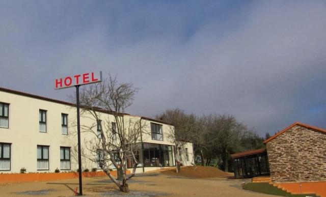 Hotel Amenal ©Street View