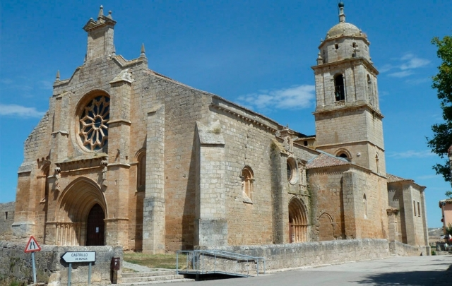 Iglesia de Santa María del Manzano