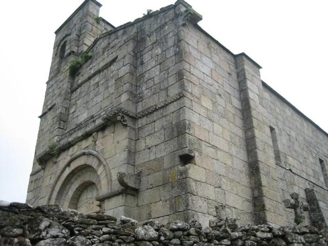 Iglesia de Santiago, Barbadelo ©Panoramio / ©Street View Moreda