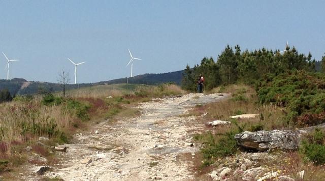 La jornada comienza con el moderado ascenso al monte de Vilaldar