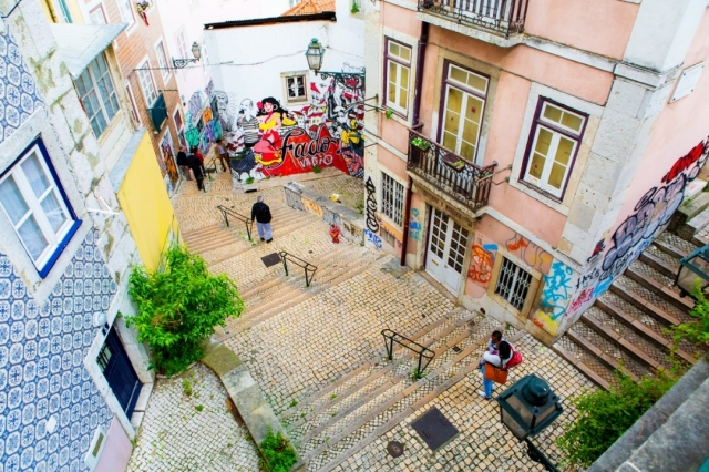 Lisboa - apeyron/iStock