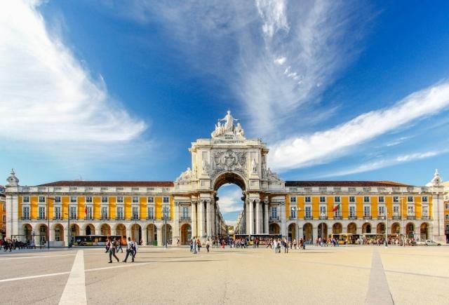 Lisboa - Farbregas_Hareluya/iStock