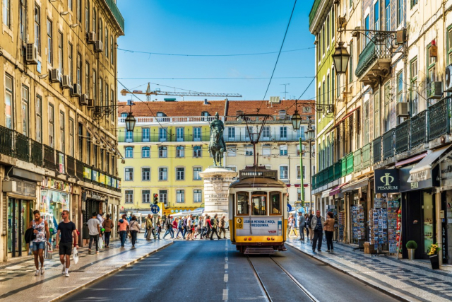 Lisboa - iStock/Starcevic