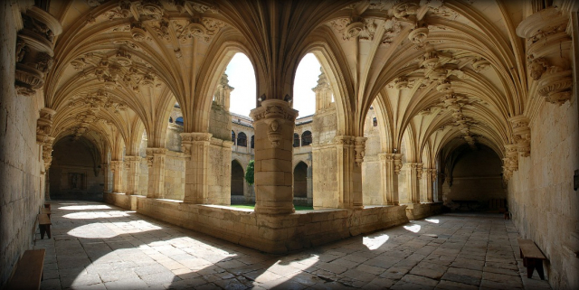 Mosteiro de San  Zoilo - Valdavia Wikicommons