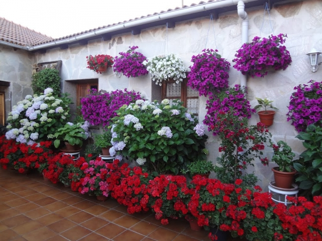 Murias de Rechivaldo ©Panoramio /Red Oleander