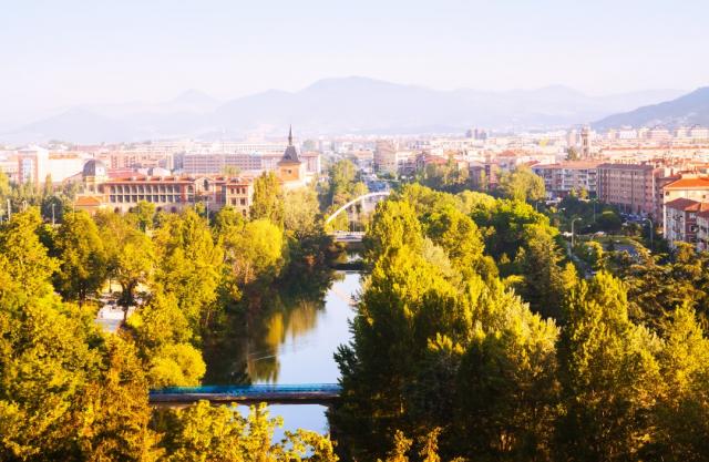 Pamplona - iStock/JackD