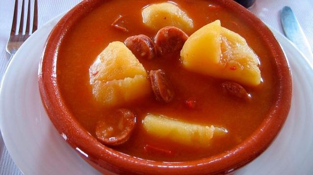 Patatas a la riojana | Wikimedia Commons