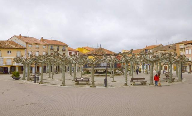 Plaza Mayor de Belorado - Wikicommons