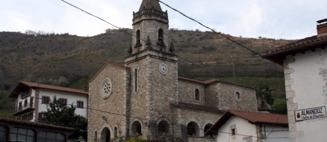 Pueblo de Almandoz