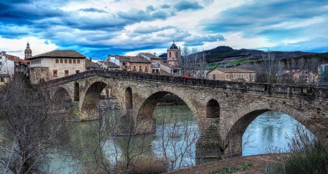 Puente la Reina - Mackedwars/Flickr