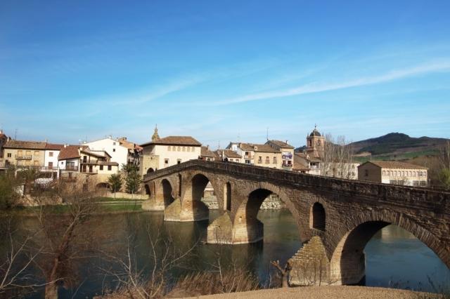 Puente la Reina - Nachosuch/iStock