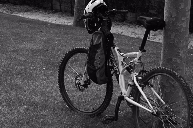 Qué llevar en las alforjas de tu bici