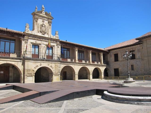 Santo Domingo de La Calzada ©Panoramio Bach Quatre Bach Quatre