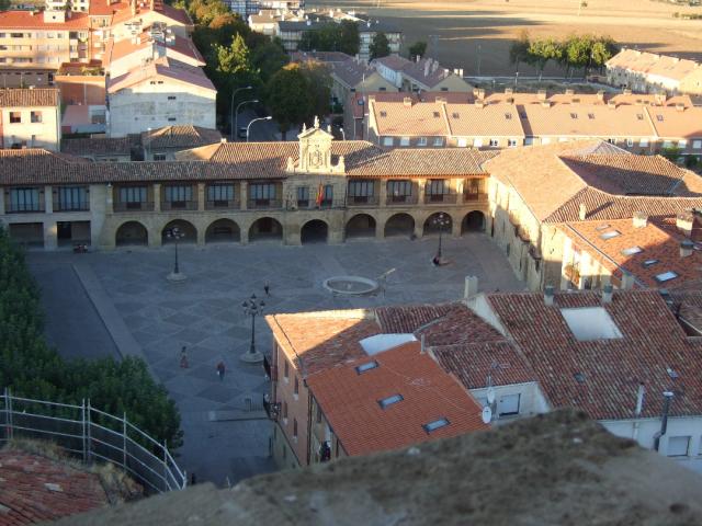 Santo Domingo de la Calzada Plaza del Santo - Wikicommons