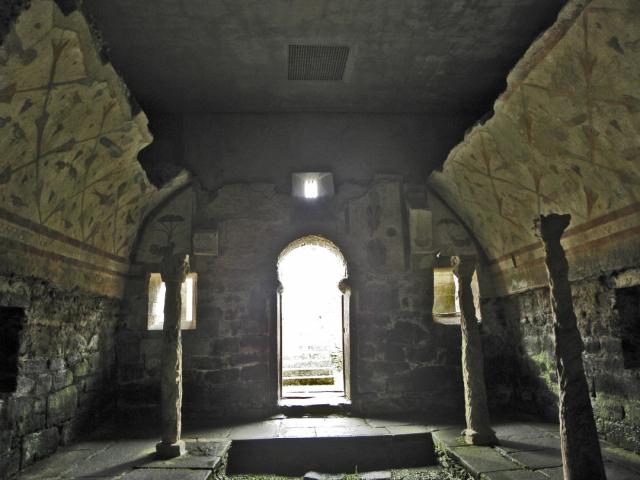 Santuario de Santa Eulalia de Bóveda /amaianos - wikipedia