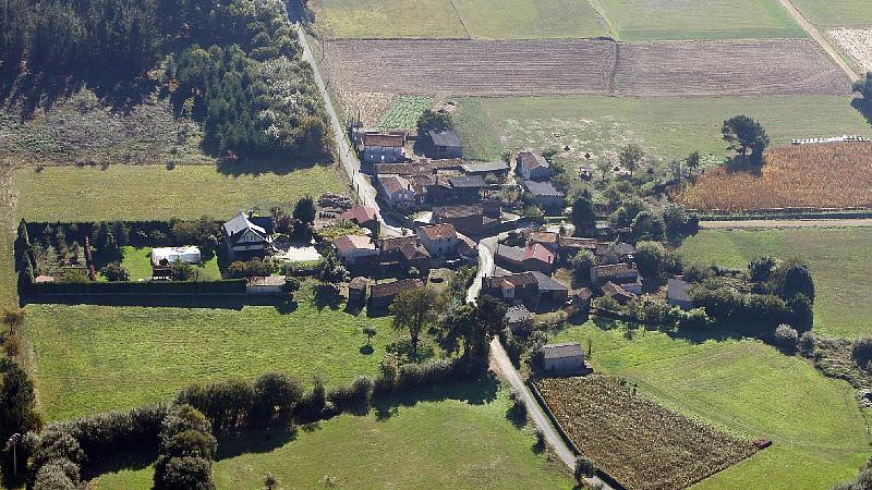 Vista aérea de Amenal / Álvaro Ballesteros