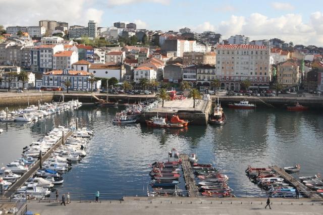 Vista do porto de Curuxeiras de Ferrol