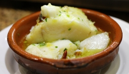 Cod Pil Pil: Typical dishes of the Camino De Santiago