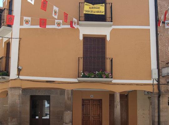 Hostel casa de la abuela of los arcos vivecamino - Hostel casa dos arcos ...